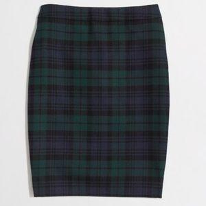 ✏️The Pencil Skirt in Blackwatch Plaid